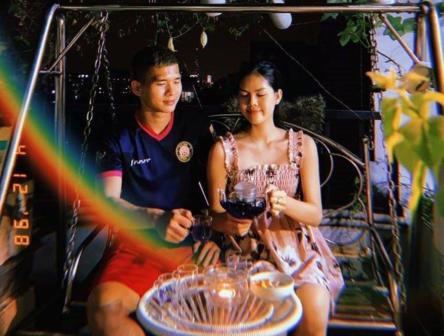 Ngọc Trinh tiết lộ chuyện Valentine với hot boy bóng đá Việt Nam - Hình 1