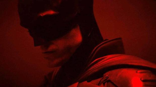 The Batman Robert Pattinson vừa khoe ảnh ướm đồ sáng Valentine đã bị netizen cà khịa đủ kiểu - Hình 1
