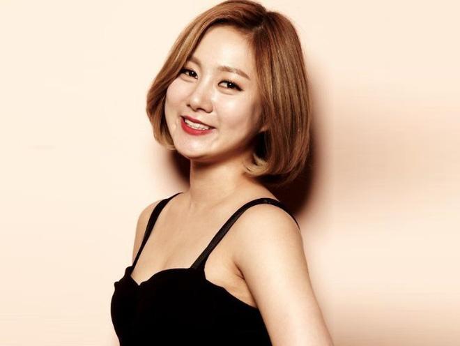 Tin đồn hẹn hò sốc nhất đầu năm: Tài tử cực phẩm Sung Hoon đang yêu nữ danh hài Park Na Rae, còn có bằng chứng cụ thể? - Hình 1