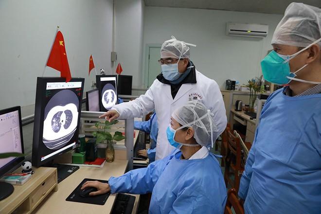 Trung Quốc không thống kê các ca nhiễm Covid-19 không triệu chứng - Hình 1