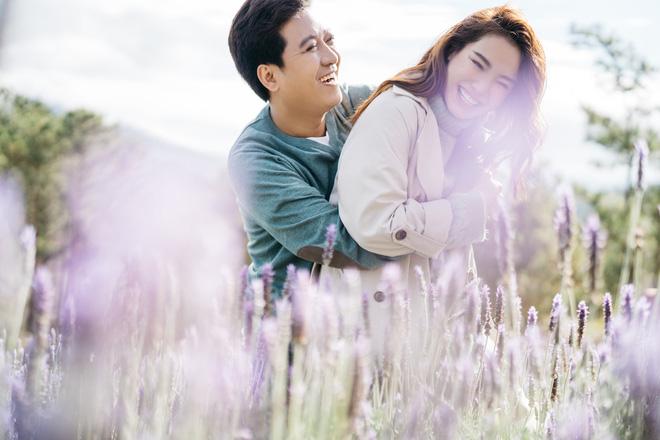 Trường Giang - Nhã Phương tung bộ ảnh trốn con mừng Valentine: Nhìn mà muốn cưới luôn và ngay! - Hình 1