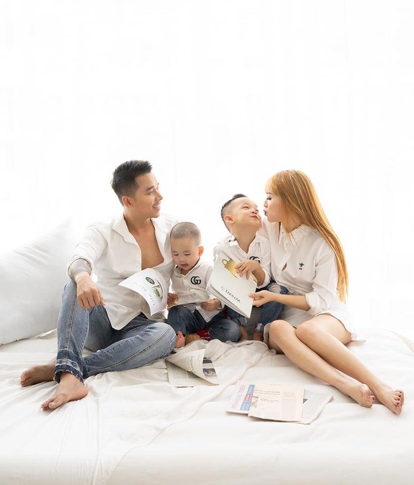 Kỉ niệm 10 năm gắn bó, vợ Lê Hoàng (The Men) nhắn nhủ chồng ngọt ngào - Hình 4