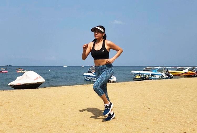 Ca sĩ Phương Trang mê chạy marathon - Hình 2