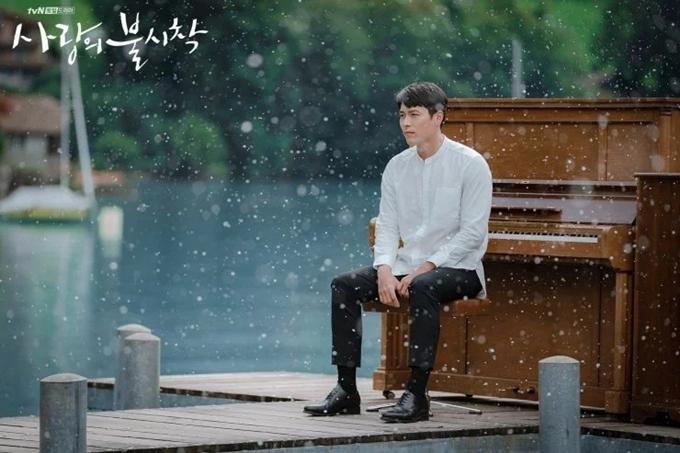 Hyun Bin muốn cưới trước tuổi 40 - Hình 6