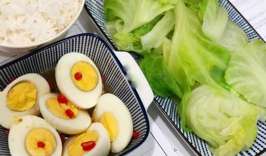 Luộc bắp cải giòn ngon lại tăng gấp đôi chất bổ cứ cho thêm 1 thứ này vào  nồi, rau vớt ra xanh mướt - Ẩm thực - Việt Giải Trí