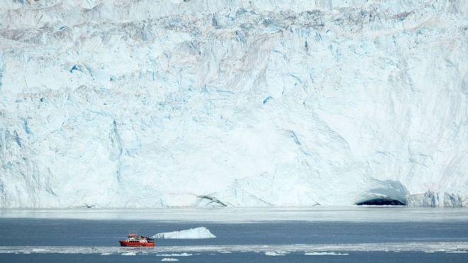 Hiểm họa dưới lòng đại dương khiến băng Greenland tan chảy - Hình 1