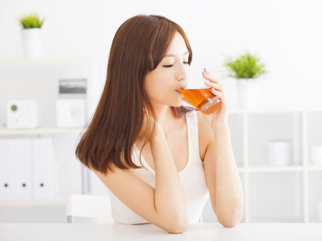 Tiền nào của nấy loại trà đắt nhất thế giới mà Thủy Tiên uống chính là thần dược làm đẹp - Hình 4