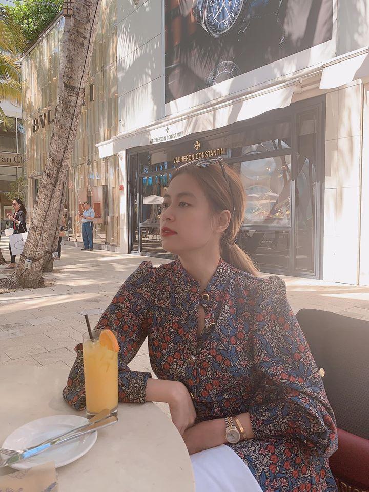 Hong Thy Linh Khoe Street Style Nhng Dn Tnh Ch Ch  -7153
