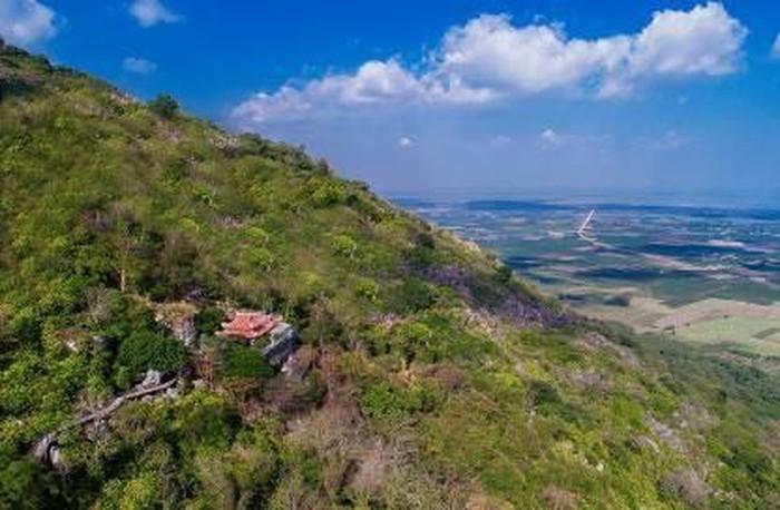 Những ngôi chùa nổi tiếng Tây Ninh - Hình 1
