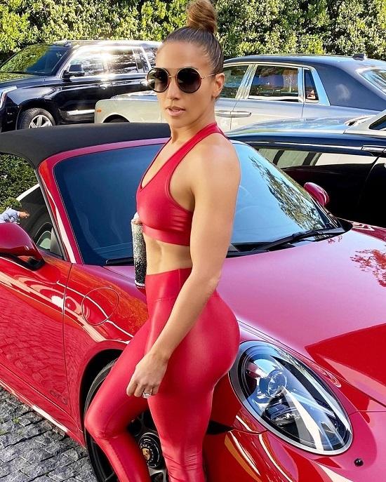 Chế độ ăn giúp Jennifer Lopez có cơ bụng 1-1 - Hình 1