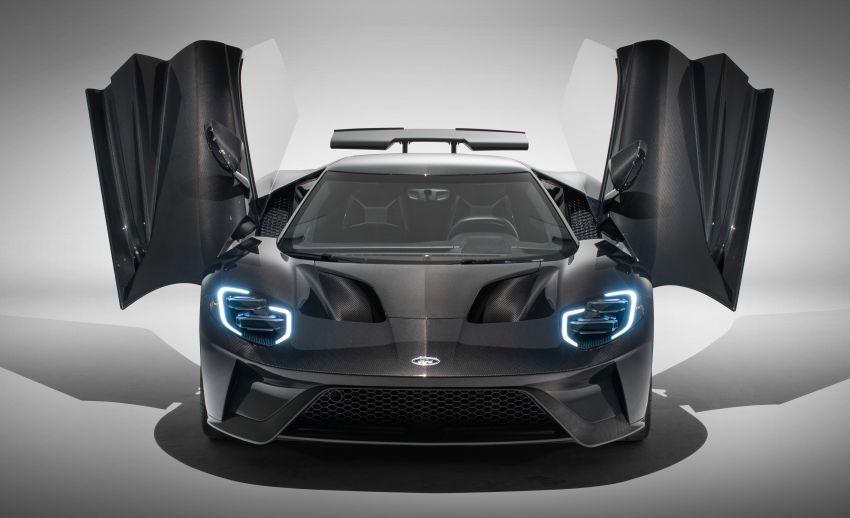 2020 Ford GT bổ sung thêm sức mạnh với phiên bản Liquid Carbon Edition - Hình 1