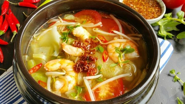 Canh tôm chua cay món ăn hấp dẫn cho những ngày se lạnh - Hình 2