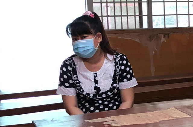 Chứa mại dâm toàn gái trẻ còn trang bị báo động đối phó công an - Hình 1
