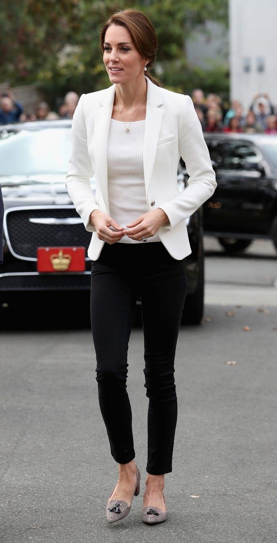 Gia tài triệu đô nhưng vẫn tiết kiệm, công nương Kate là fan trung thành của thời trang bình dân - Hình 10