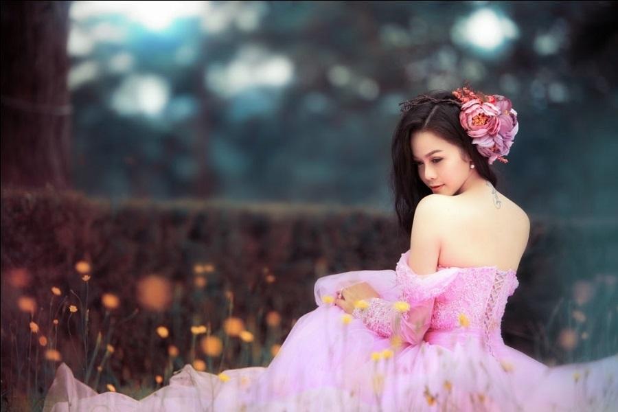 Vòng một đẹp tự nhiên, Nhật Kim Anh mặc gì cũng gợi cảm - Hình 31