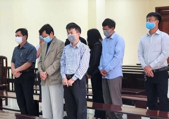 Cựu trưởng đoàn thanh tra tỉnh Thanh Hóa lĩnh 40 tháng tù - Hình 1