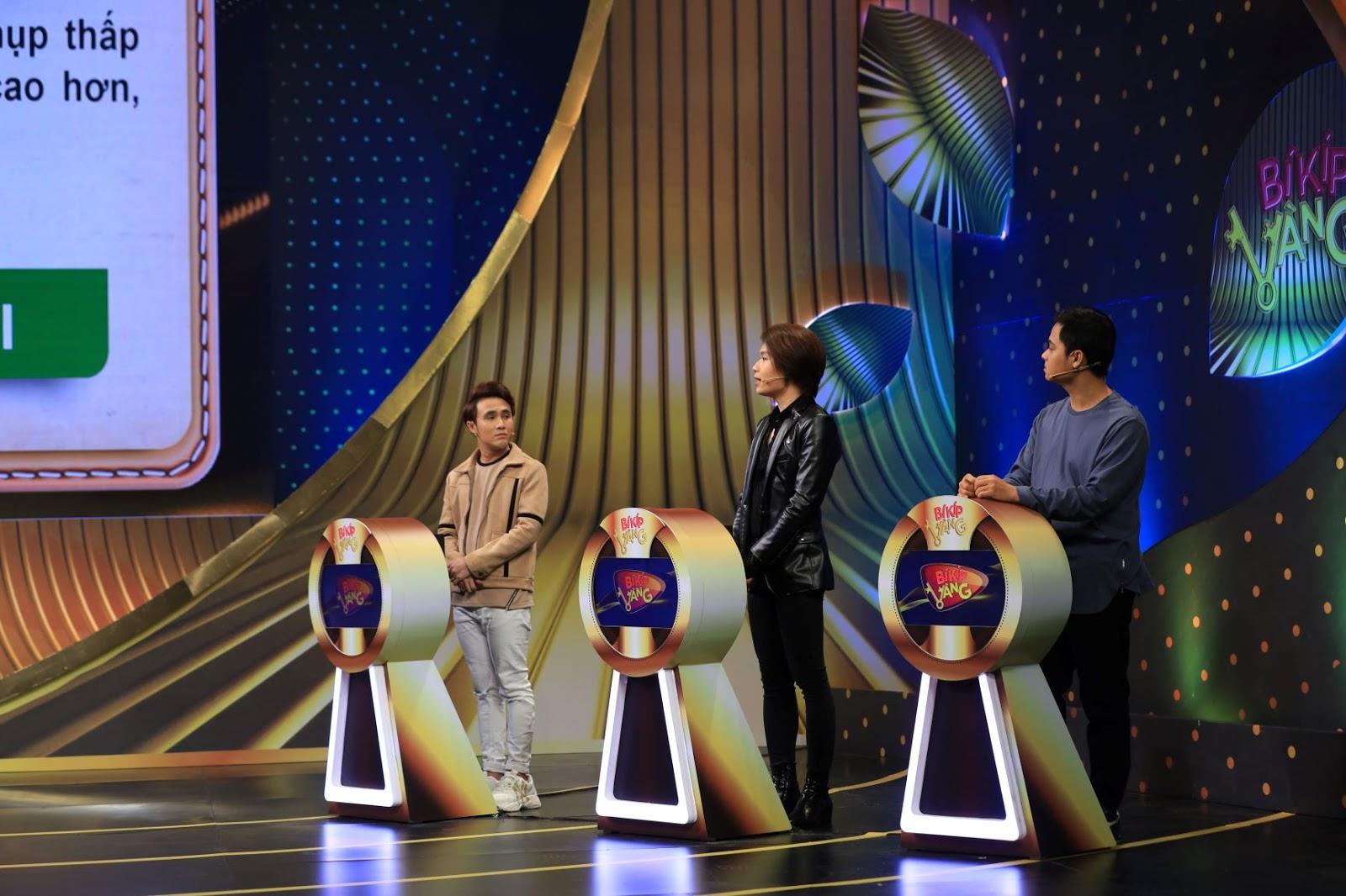 Việt Hương bất ngờ đuổi Huỳnh Lập và Quang Trung về nhà khi đang quay gameshow - Hình 4