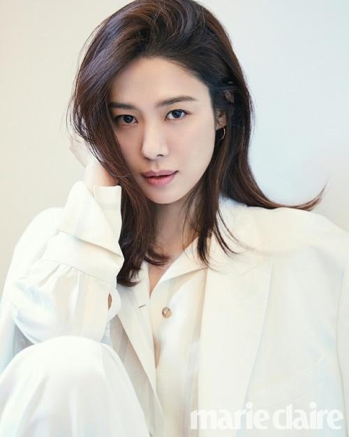 Kim Hyun Joo cân nhắc tham gia cùng Yoo Ah In trong phim mới của đạo diễn Train to Busan - Hình 1
