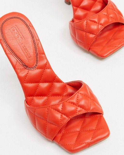 Mùa sale kịch liệt, chị em nhớ ghi sổ 9 xu hướng giày hè 2020 siêu xinh - Hình 10