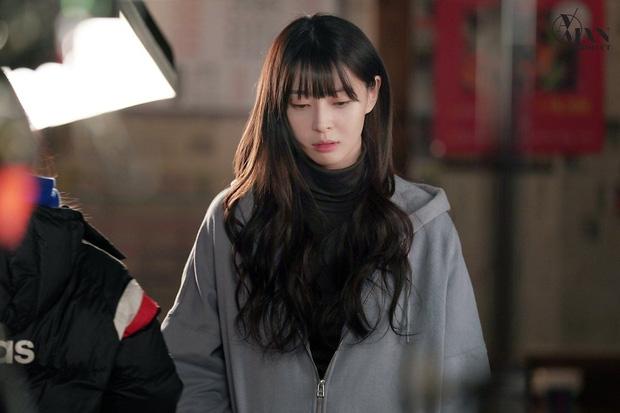 3 nhân vật bỏ thì thương mà vương thì tội ở Tầng lớp Itaewon, số 1 đích thị là nữ phụ vạn người mê Oh Soo Ah - Hình 1