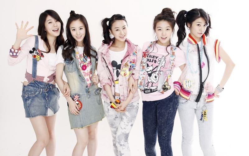 Những mảnh ghép sinh sau đẻ muộn của các nhóm nhạc K-Pop - Hình 1