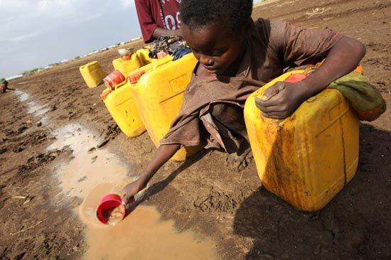 [Video] Nỗi buồn của trẻ em Yemen khi không thể rửa tay chống COVID-19 - Hình 1