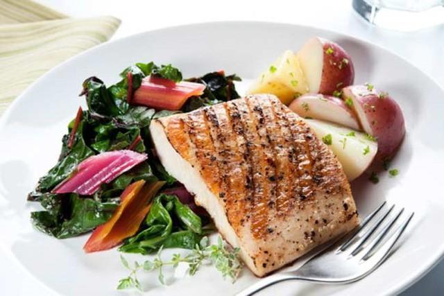 10 chế độ ăn giúp phụ nữ tăng khả năng có thai - Hình 1