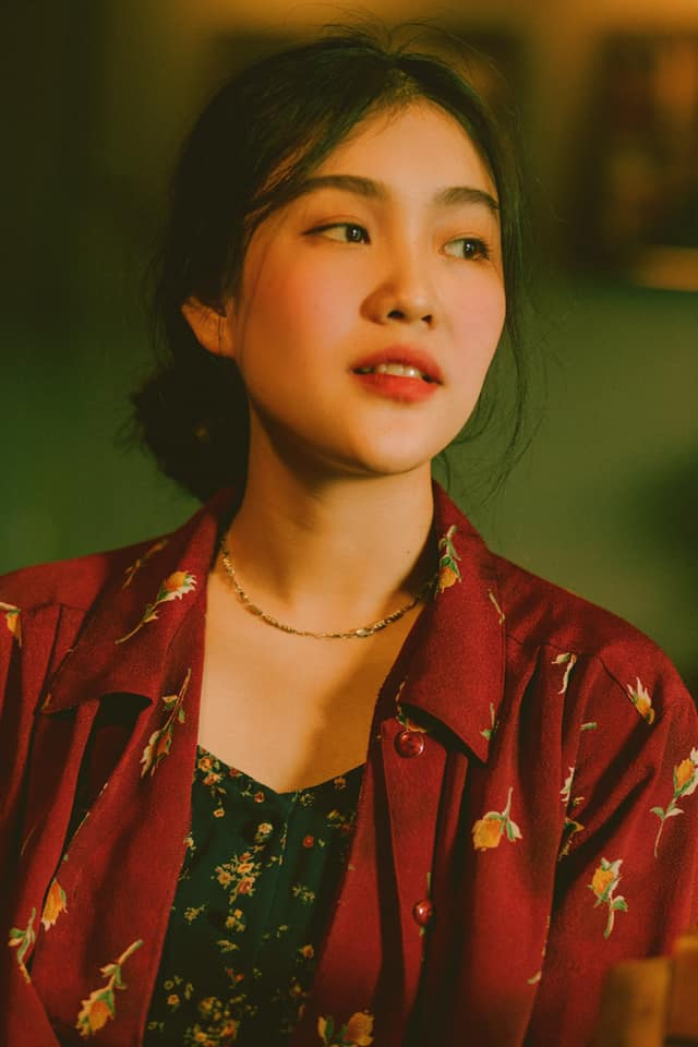9X Nha Trang giống hệt giai nhân đẹp nhất của Châu Tinh Trì chỉ nhờ tô son - Hình 6