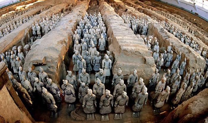 Đội quân đất nung trong mộ Tần Thủy Hoàng đặc biệt thế nào? - Hình 1