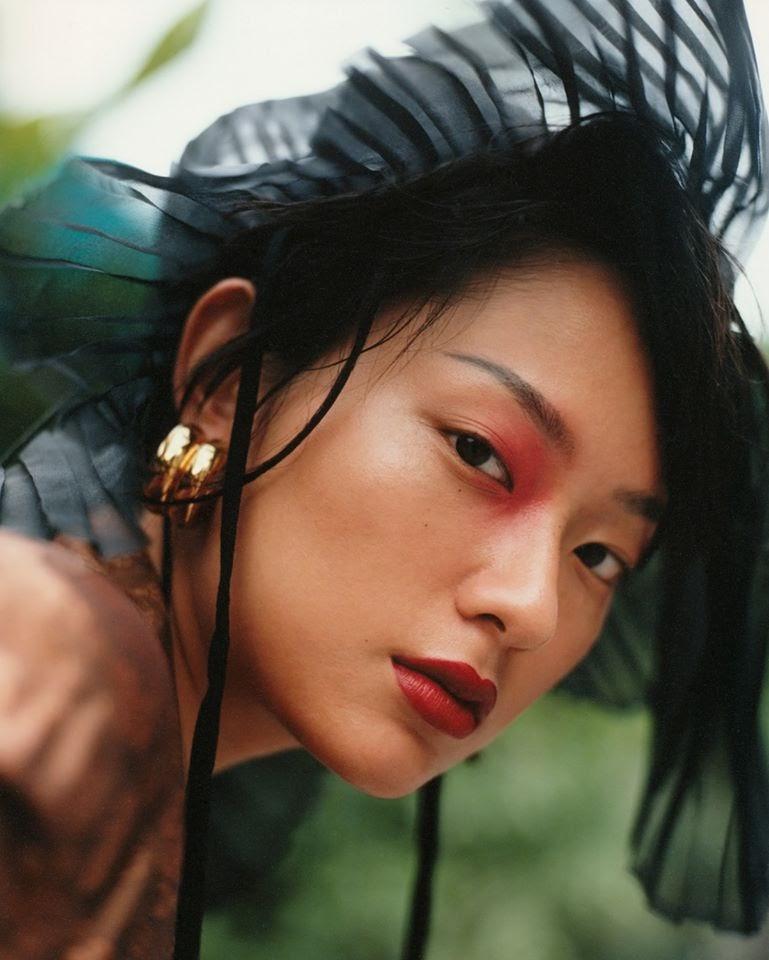 Fashionista Thu Anh Hồ mang khung cảnh thân thuộc của Việt Nam xuất hiện trên báo thời trang tại Đức - Hình 1