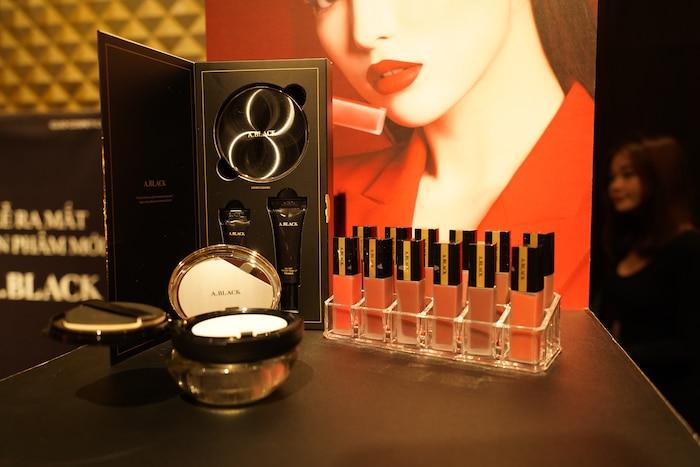 Tập đoàn CLIO Hàn Quốc chính thức công bố thương hiệu mỹ phẩm trang điểm mới A.Black - Hình 1