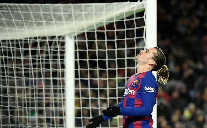 Barca chấp nhận bán lỗ Griezmann sau một mùa - Hình 1