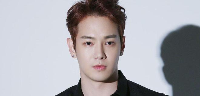 Cảnh sát công bố sự thật về vụ nam idol nhà SM uống rượu gây tai nạn: Từ nghi phạm biến thành nạn nhân, chuyện gì đây? - Hình 1