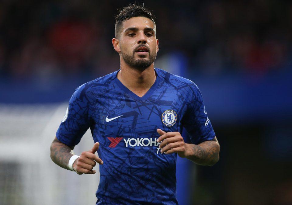 Chelsea bán tháo 2 cầu thủ bị Lampard ngó lơ - Hình 1