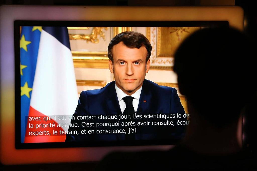 Gái mại dâm Pháp méo mặt vì phong tỏa - Hình 1