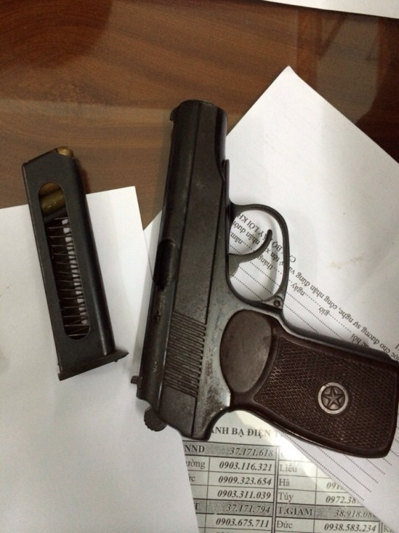 Khẩu súng có đạn trong ba lô khách mang lên máy bay ở Tân Sơn Nhất - Hình 1