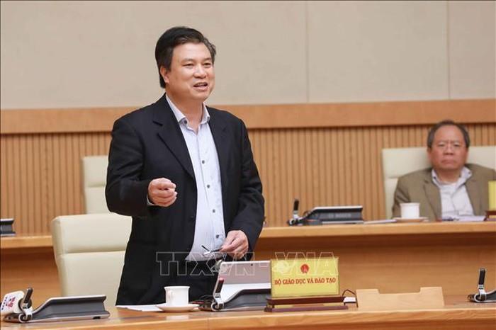 Thứ trưởng Nguyễn Hữu Độ: Không được kiểm tra định kỳ, cuối kỳ qua mạng - Hình 1