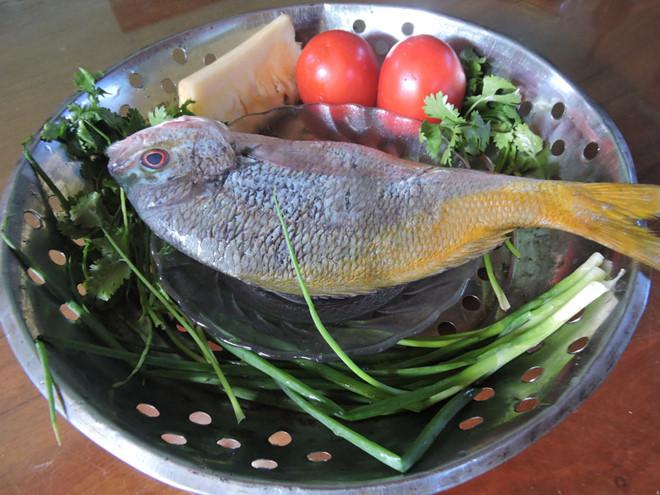 Hương vị quê hương: Chơi vơi cá hồng trảm nấu chua - Hình 1