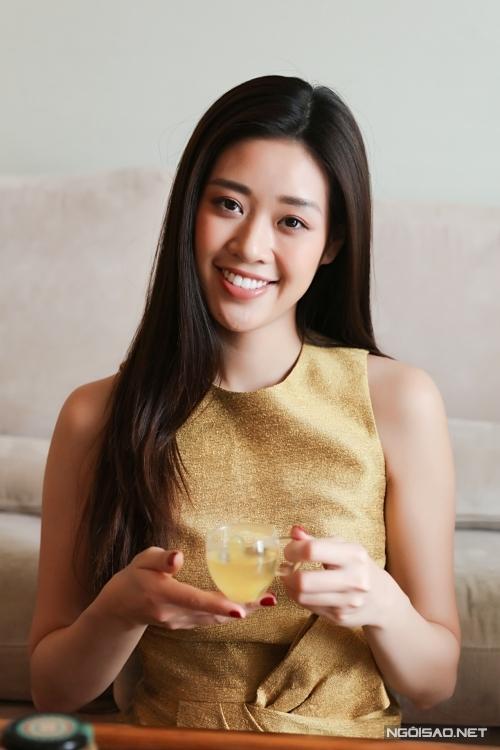 Khánh Vân học nấu ăn khi ở nhà tránh dịch - Hình 7