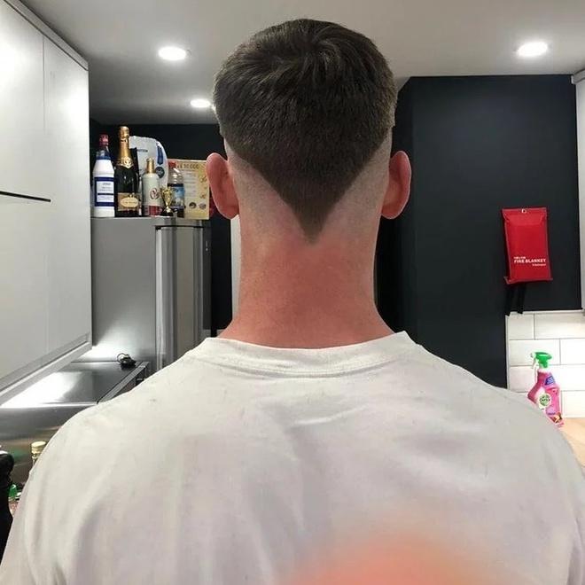 Tự cắt tóc khi cách ly ở nhà và cái kết - Hình 5