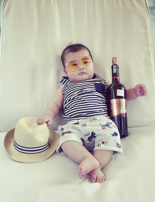 Con trai 5 tháng tuổi của Hoàng Bách - Hình 9