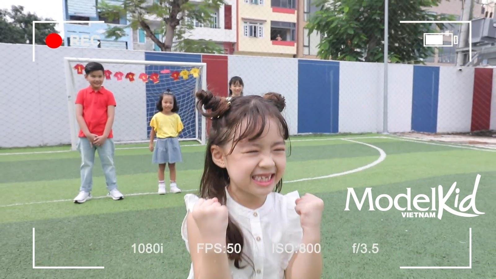 Quang Đại bất ngờ xin rút khỏi ghế HLV, Hương Ly khóc nức nở khi trở thành cô giữ trẻ Model Kid Vietnam - Hình 7