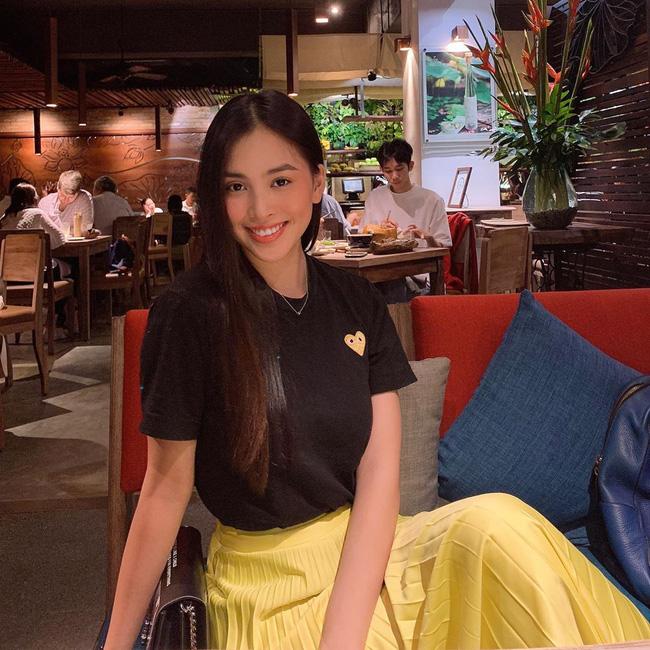 Mỹ nhân Việt chia làm 2 phe khi diện chân váy xếp ly: Bên rực rỡ sắc màu, bên thật dịu dàng mà không chói lóa - Hình 4