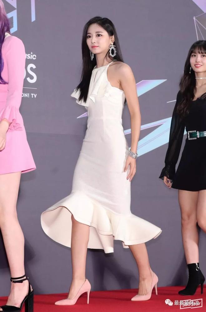Mỹ nhân TWICE trông như công chúa khi diện váy ôm sát cơ thể - Hình 7