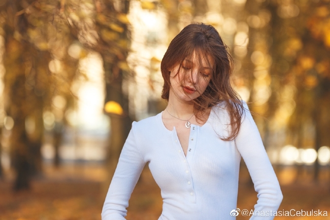 Người mẫu Nga là hình mẫu 99% phụ nữ ao ước và đàn ông châu Á mê mẩn - Hình 19