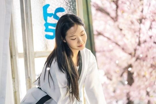 Kim Go Eun ngọt ngào và ngây thơ trong 'The King: Eternal Monarch' - ảnh 3