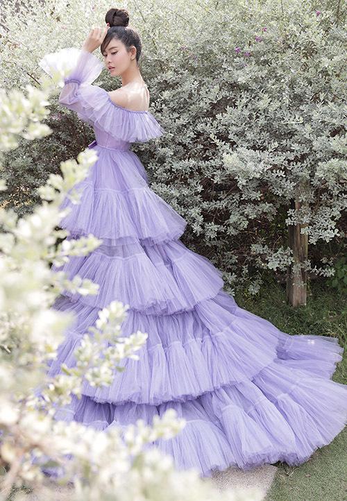 Trương Quỳnh Anh diện váy công chúa - Hình 5