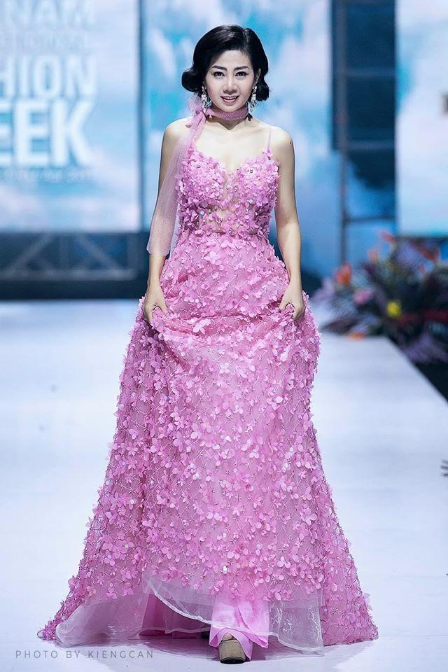 Nhân vật trả 120 triệu cho chiếc váy của Mai Phương để ủng hộ bé Lavie rút lại quyết định vào phút cuối - Hình 9