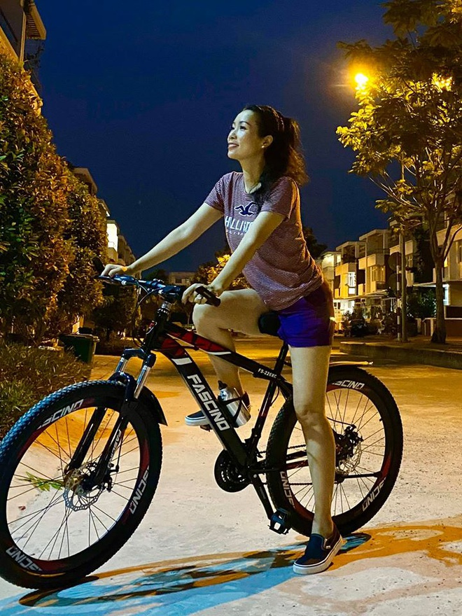 Nhã Phương và dàn sao Việt khoe ảnh đời thường những ngày ở nhà - Hình 7