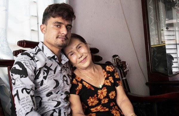 Quá khứ bất hảo của Cô dâu 65 tuổi: 18 tuổi bỏ nhà theo trai tật nguyền bị gia đình đánh gần chết - Hình 1